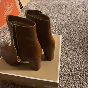 Michael Kors French Booties size 8